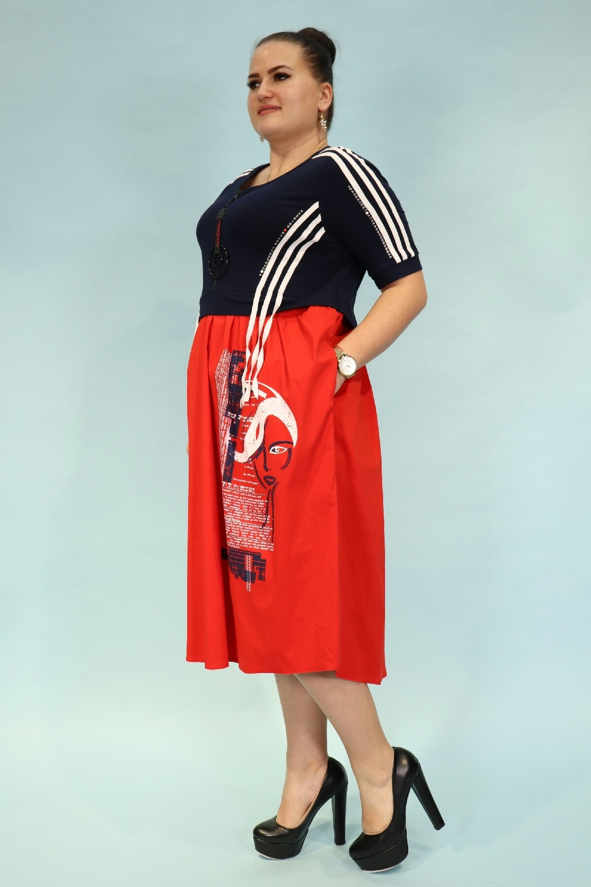 sport stylish baggy dress with short sleeves and pockets
