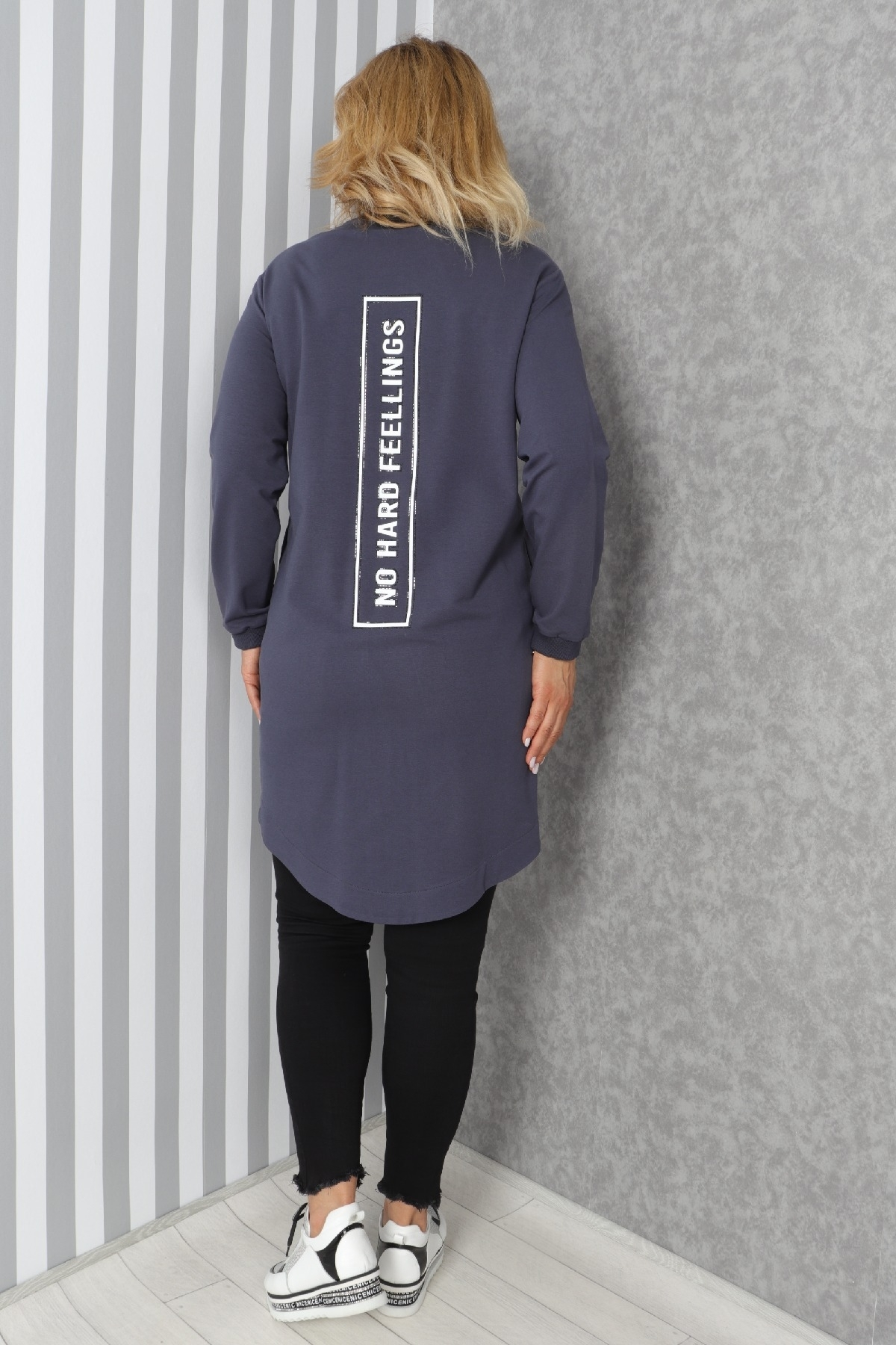 Button tunic top with front letter-print and front pocket